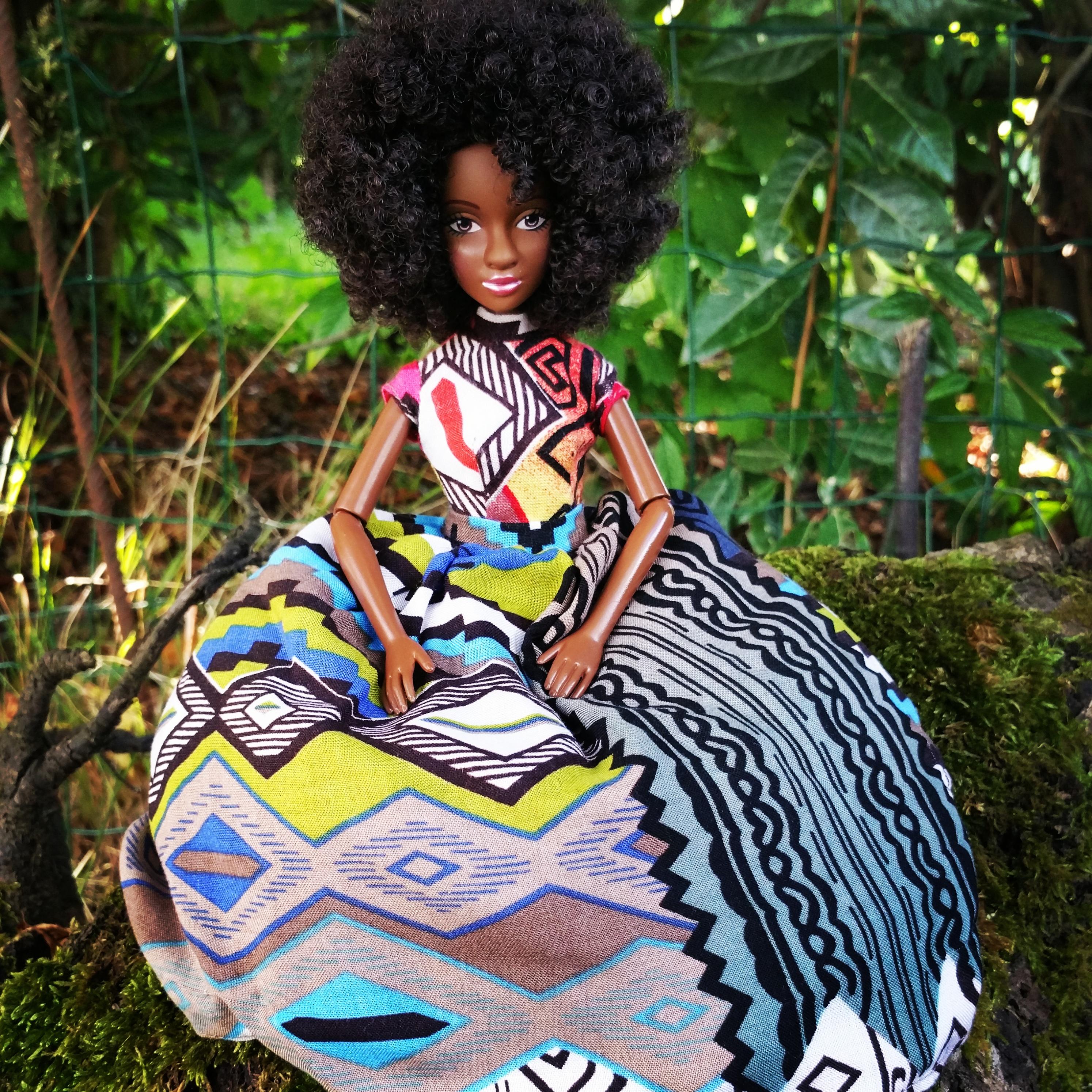 Nubia Kemita, la poupée conteuse de culture