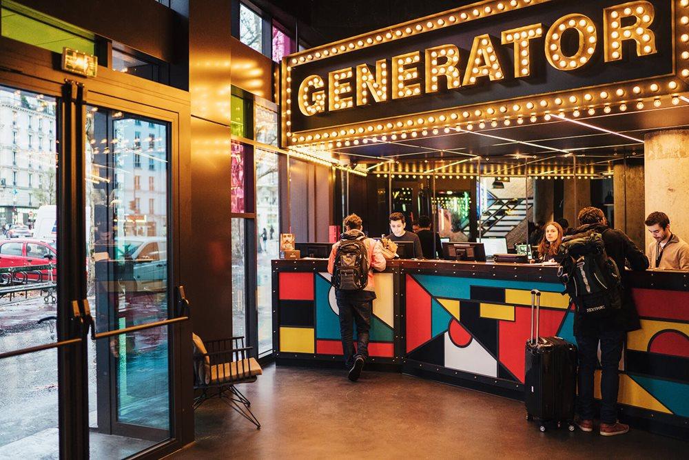Hôtel generator