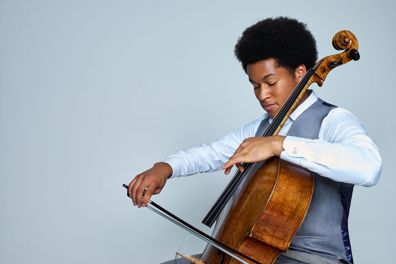 Jeune violoncelliste prodige